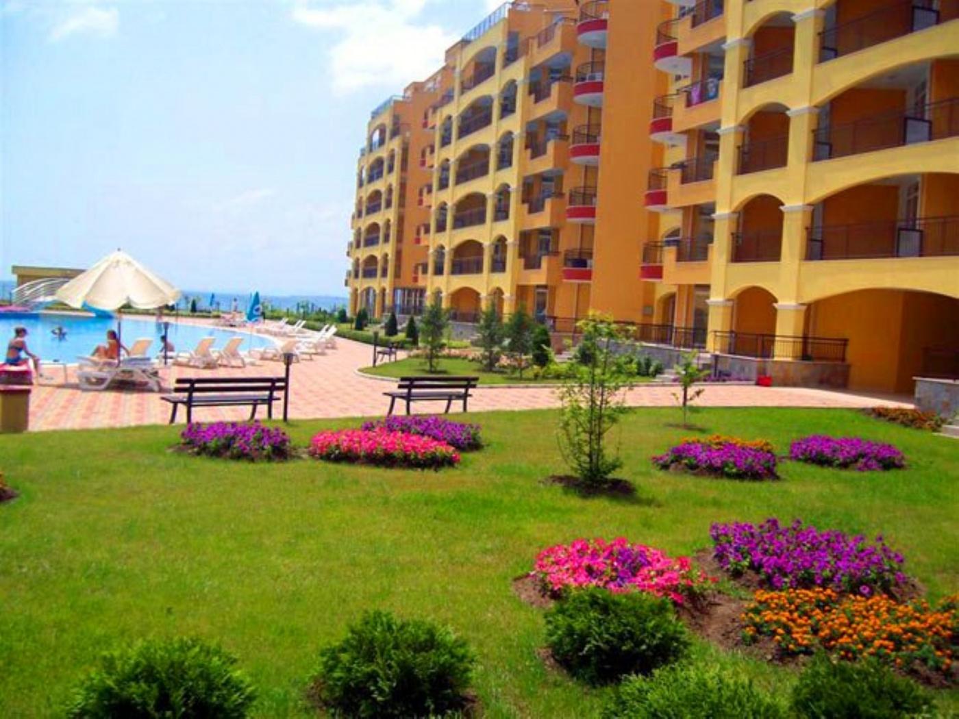 Midia Grand Resort Апартхотел