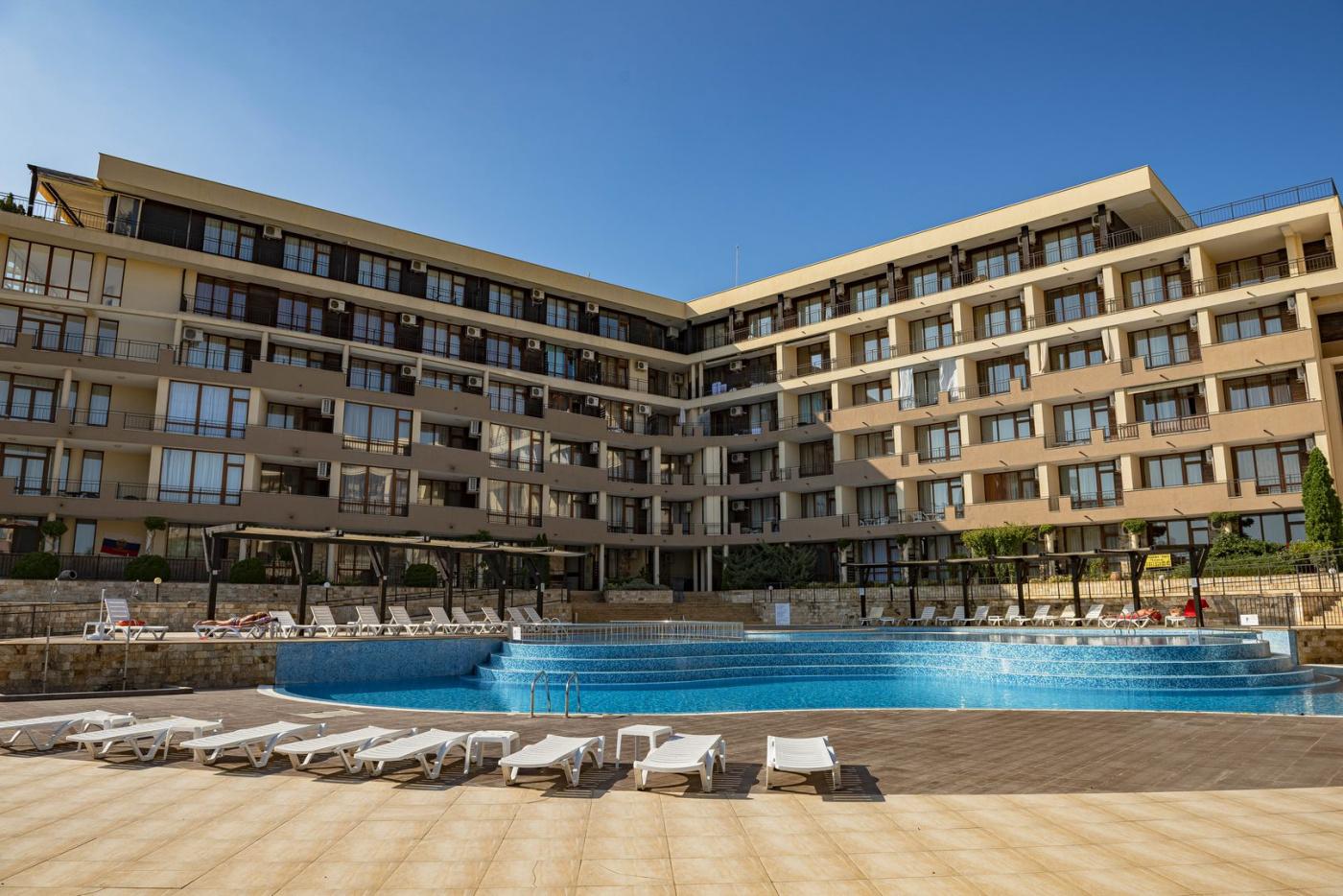Luxor Апартхотел